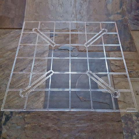 clear wire with multiple squares inside